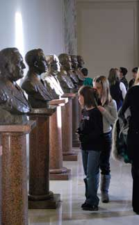 Students visiting the Hall of Governor's during a visit  to the Oklahoma State Capitol